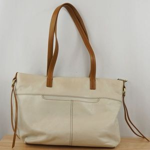 HOBO Bags Leather Shoulder Bag Cream White & Brown